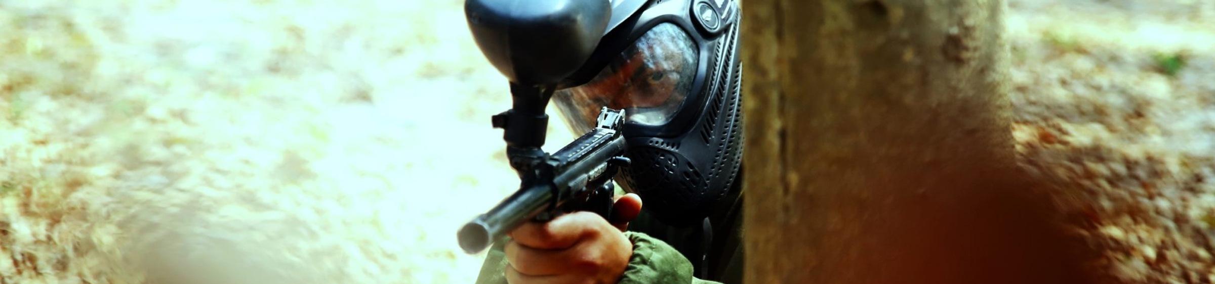 Man holding paintball gun
