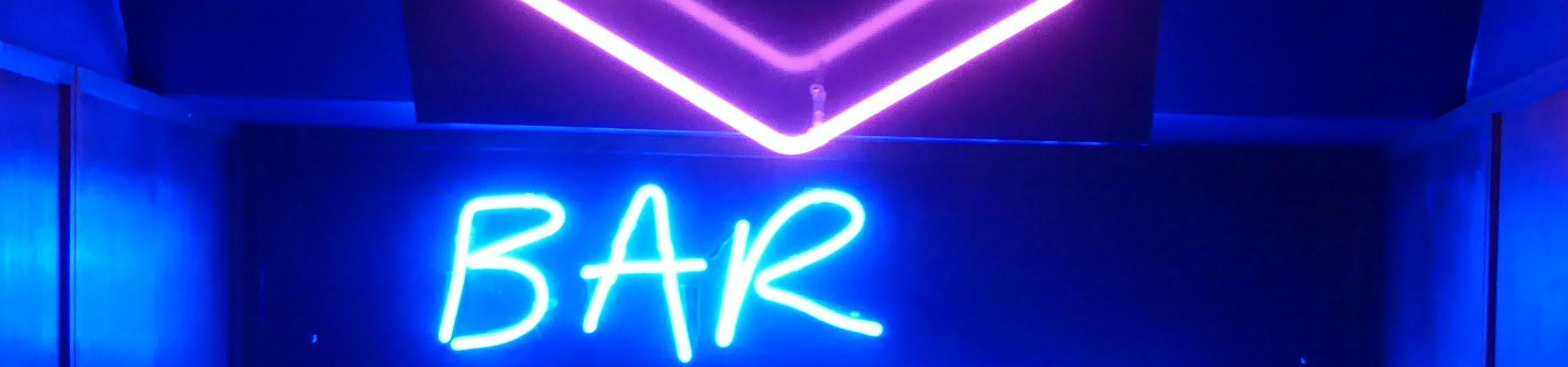 Neon 'Bar' sign